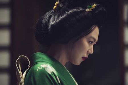 THE HANDMAIDEN_Still_113.jpg