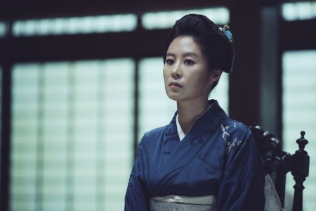 THE HANDMAIDEN_Still_146.jpg