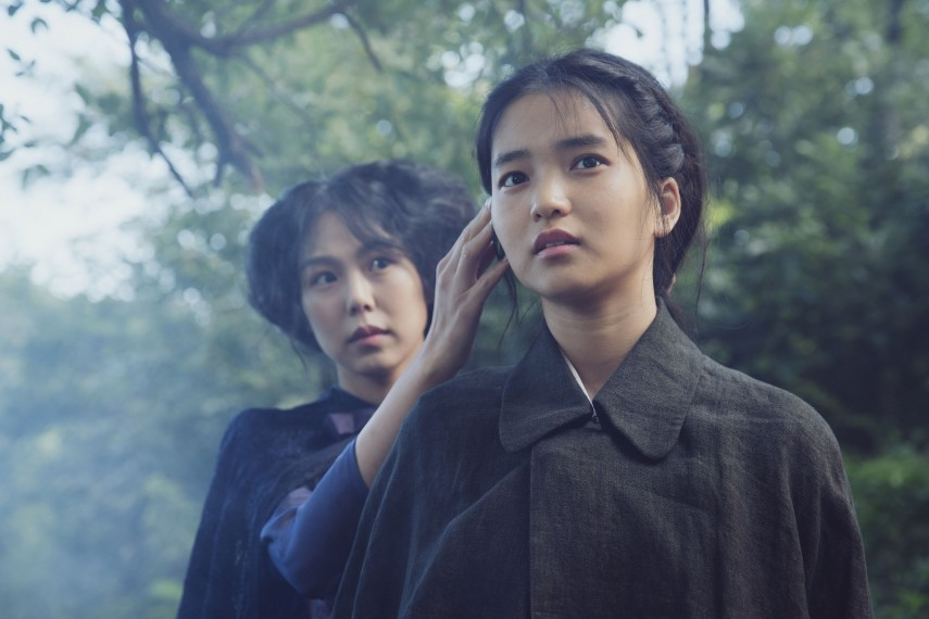 /db_data/movies/ahgassi/scen/l/THE HANDMAIDEN_Still_097.jpg