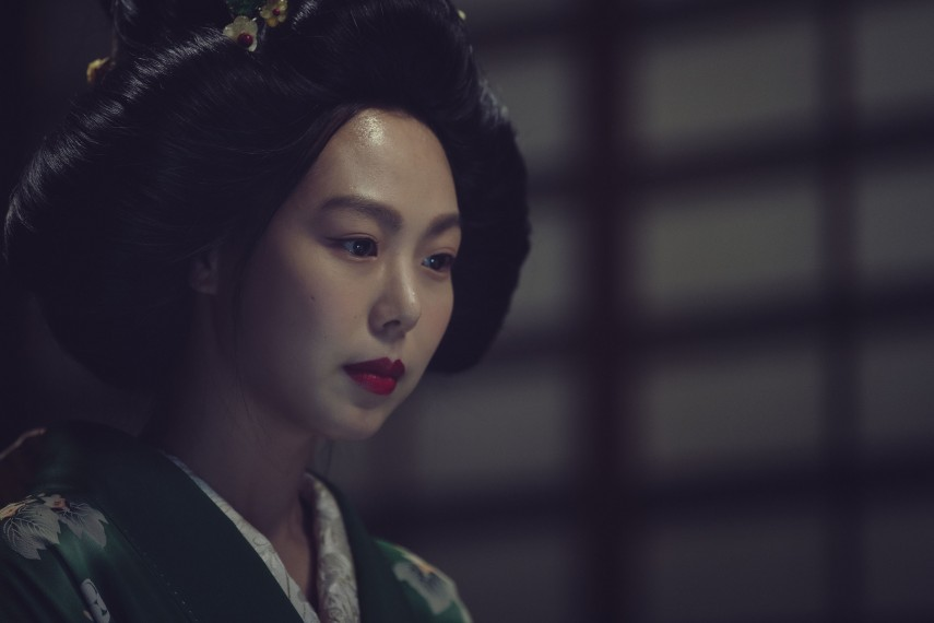 /db_data/movies/ahgassi/scen/l/THE HANDMAIDEN_Still_112.jpg