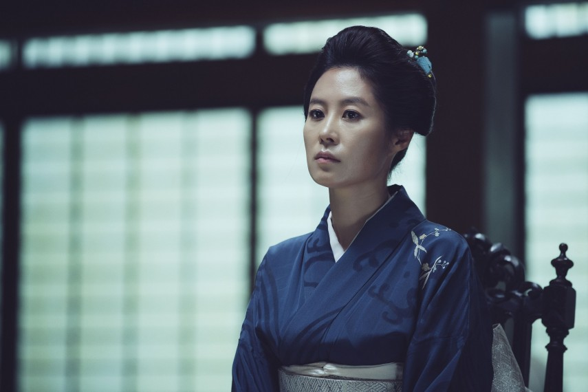 /db_data/movies/ahgassi/scen/l/THE HANDMAIDEN_Still_146.jpg
