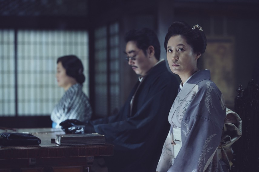 /db_data/movies/ahgassi/scen/l/THE HANDMAIDEN_Still_147.jpg