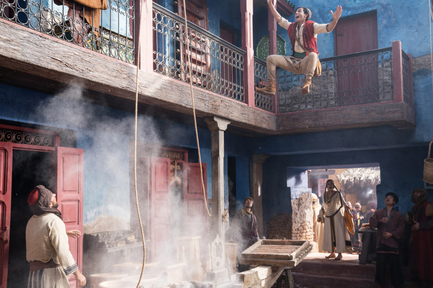 /db_data/movies/aladdin/scen/l/410_12_-_Scene_Picture_ov_org.jpg
