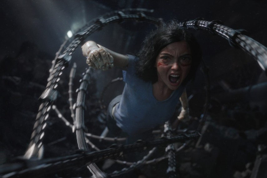 /db_data/movies/alitabattleangel/scen/l/521-Picture7-a7c.jpg