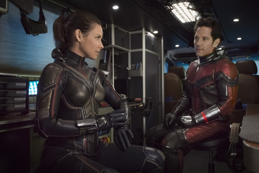 /db_data/movies/antman2/scen/l/410_13_-_Hope_Evangeline_Lilly.jpg