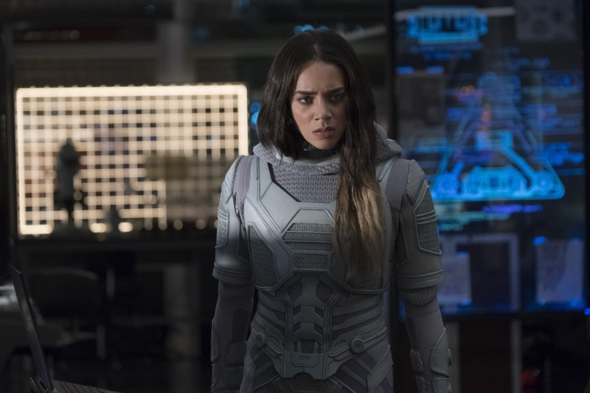 /db_data/movies/antman2/scen/l/410_38_-_Ava_Hannah_John-Kamen.jpg