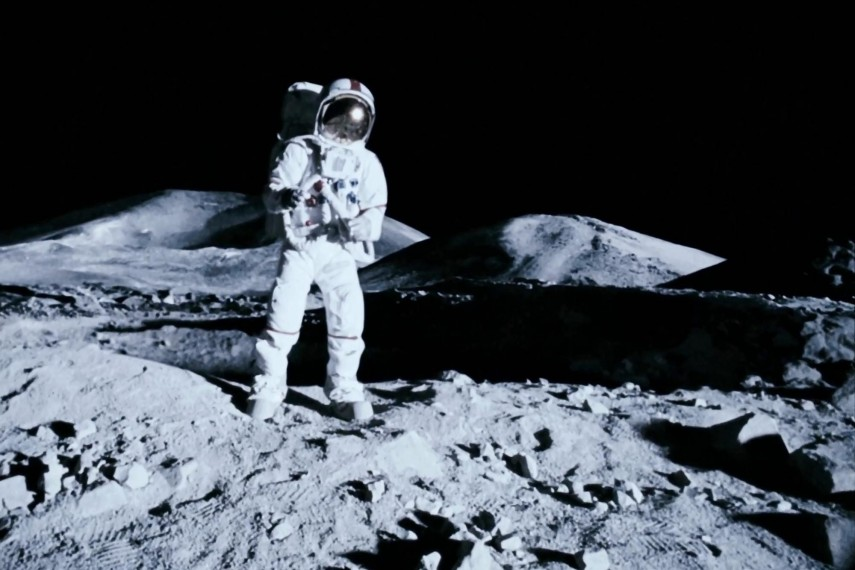 /db_data/movies/apollo18/scen/l/apollo_18_02.jpg