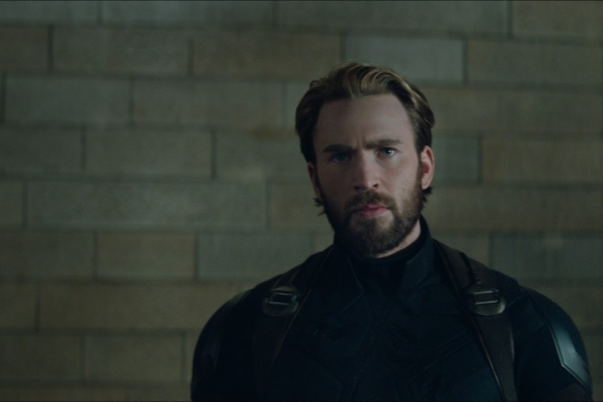 /db_data/movies/avengers20123/scen/l/410_06_-_Captain_America_Chris_Evans.jpg