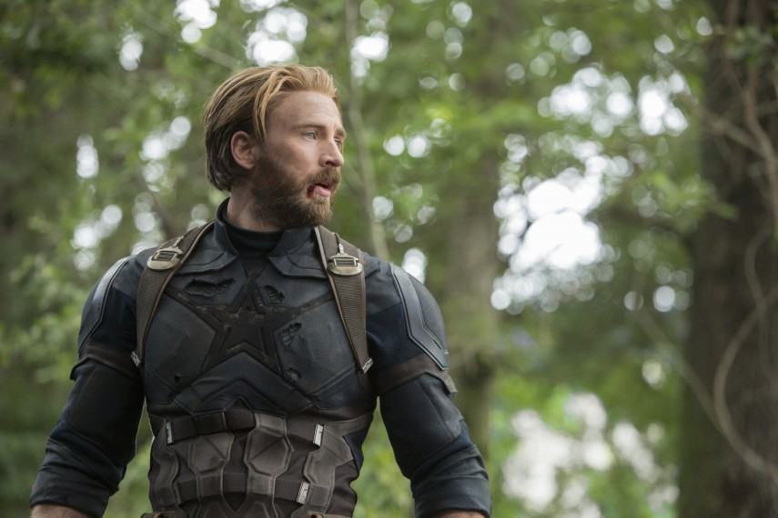 /db_data/movies/avengers20123/scen/l/410_34_-_Captain_America_Chris_Evans.jpg