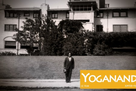 YOGANANDA_PHOTO_HD_WM_01.jpg