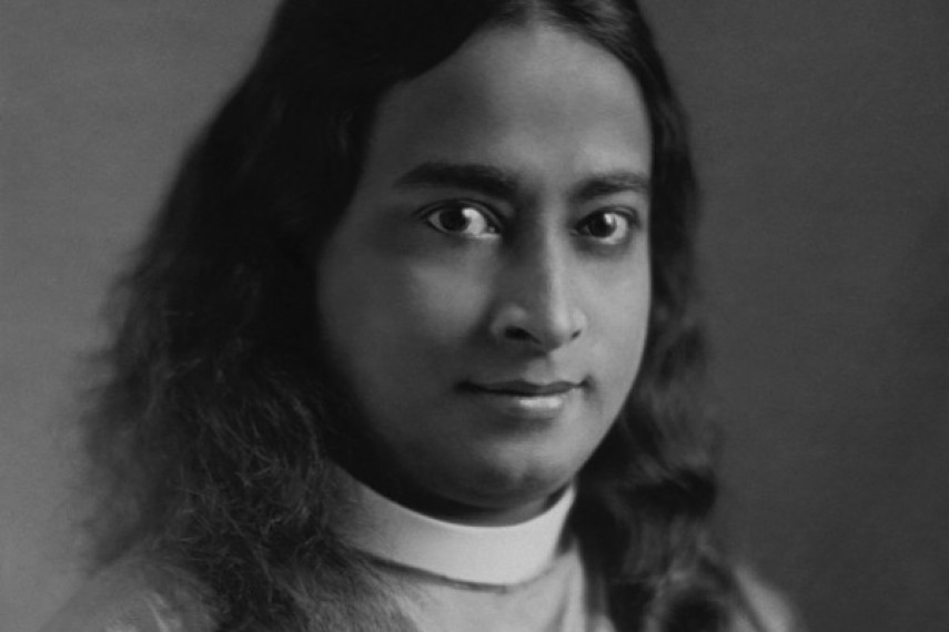 /db_data/movies/awakethelifeofyogananda/scen/l/Large3.jpg