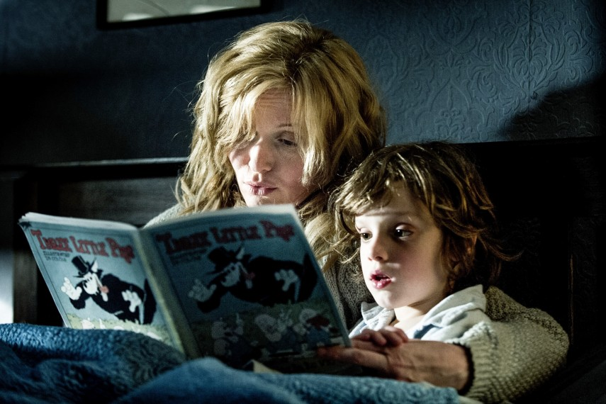 /db_data/movies/babadook/scen/l/01.jpg