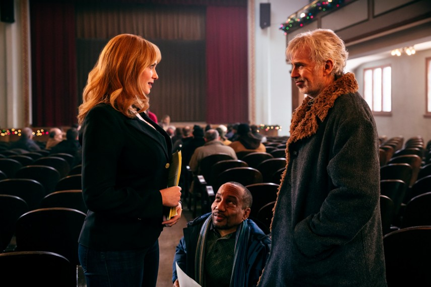/db_data/movies/badsanta2/scen/l/410_05_-_Diane_Christina_Hendr.jpg