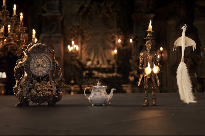 /db_data/movies/beautyandthebeast/scen/l/410_06_-_Cogsworth_Mrs._Potts_.jpg