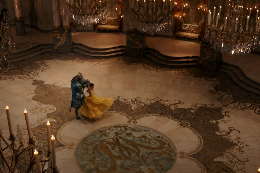 /db_data/movies/beautyandthebeast/scen/l/410_09_-_The_Beast_Dan_Stevens.jpg