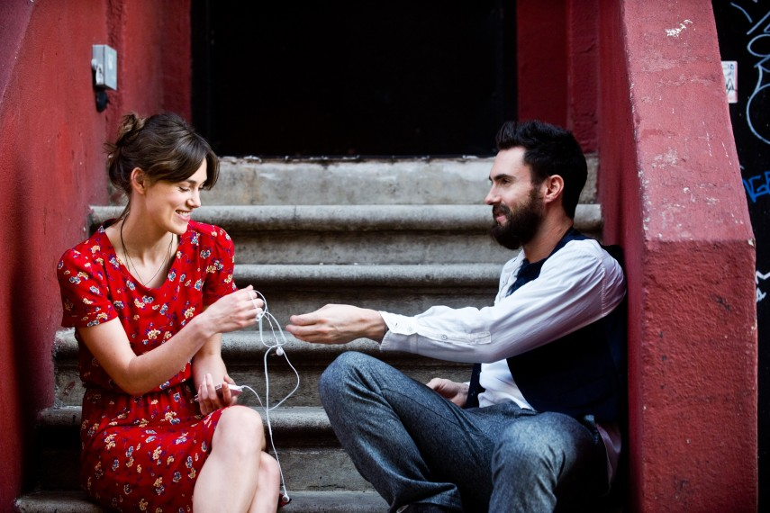 /db_data/movies/beginagain/scen/l/410_07__Greta_Knightley_Dave_Levine.jpg