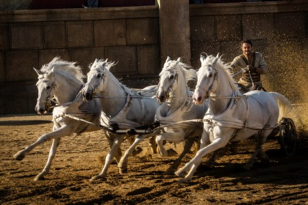 Juda_Ben-Hur_racing_Jack_Huston.jpg