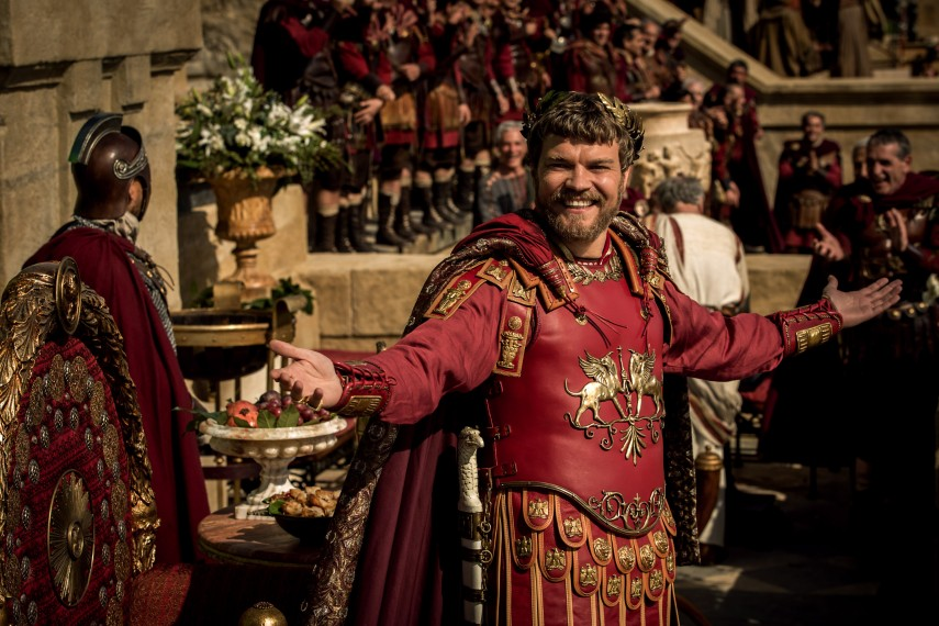/db_data/movies/benhur2016/scen/l/Pontius_Pilate_Pilou_Asbaek.jpg