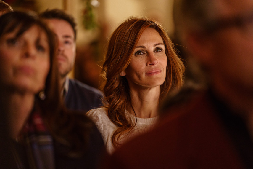 /db_data/movies/benisback/scen/l/410_04_-_Holly_Julia_Roberts_ov_original.jpg