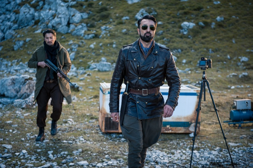 /db_data/movies/biggame/scen/l/410_02__Hazar_Mehmet_Kurtulus.jpg