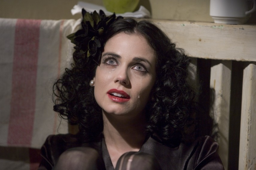 /db_data/movies/blackdahlia/scen/l/BD0422.jpg