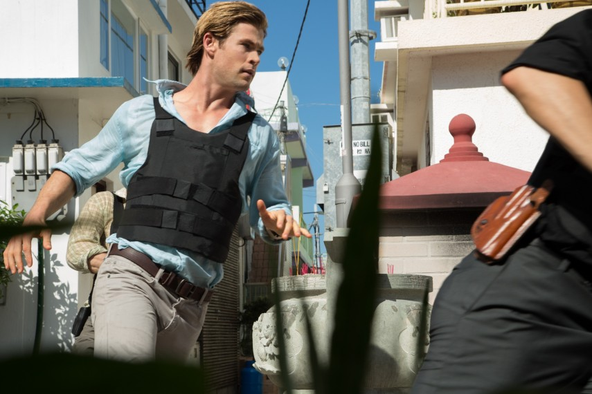 /db_data/movies/blackhat/scen/l/5705_D020_03944R.jpg