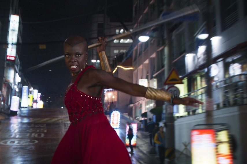 /db_data/movies/blackpanther/scen/l/410_24_-_Okoye_Danai_Gurira.jpg