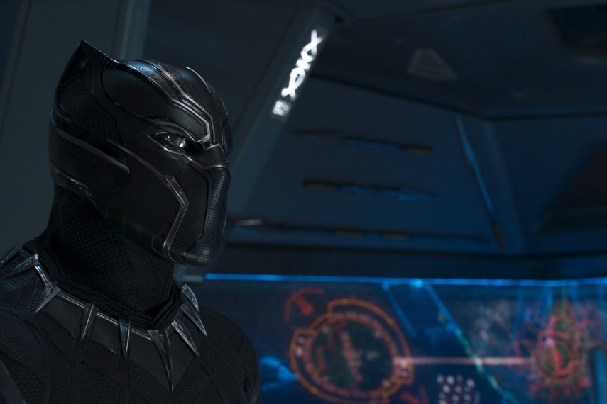/db_data/movies/blackpanther/scen/l/410_35_-_Black_Panther_Chadwic.jpg