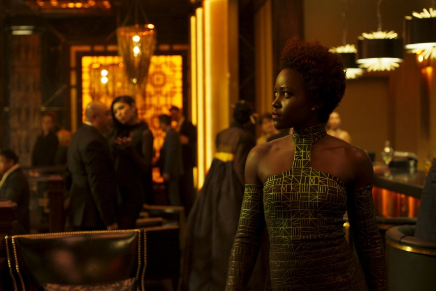 /db_data/movies/blackpanther/scen/l/410_42_-_Nakia_Lupita_Nyongo.jpg