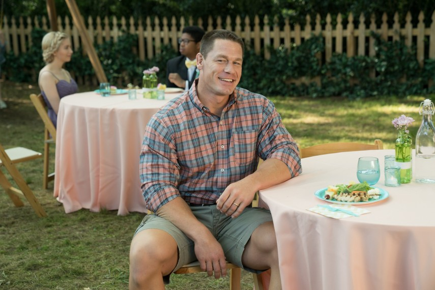 /db_data/movies/blockers/scen/l/410_02_-_Mitchell_John_Cena.jpg