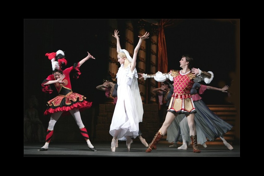 /db_data/movies/bolshoitheaterflamesofparis/scen/l/3e2beb8f7be672d32227da94cb122539.jpg