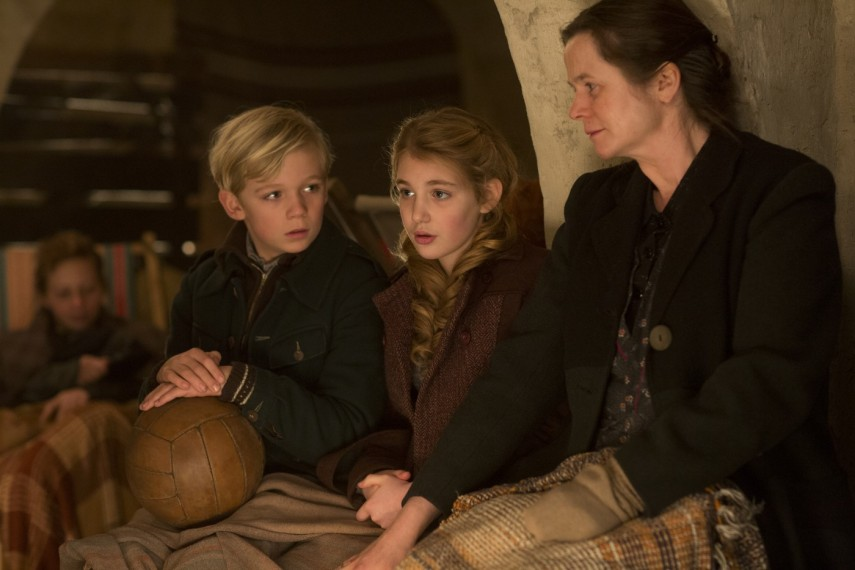/db_data/movies/bookthief/scen/l/1-Picture5-1a3.jpg