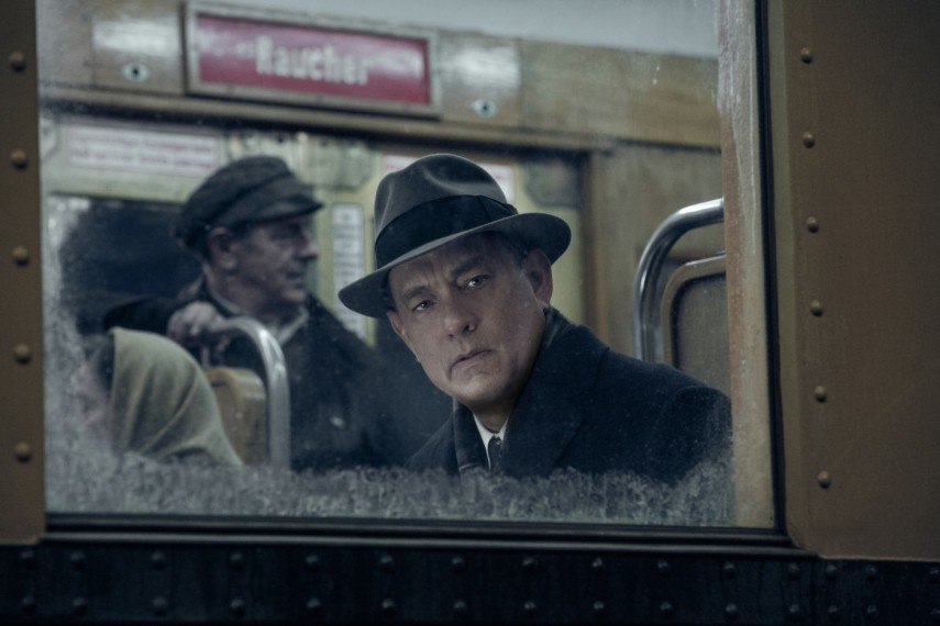 /db_data/movies/bridgeofspies/scen/l/1-Picture13-64b.jpg
