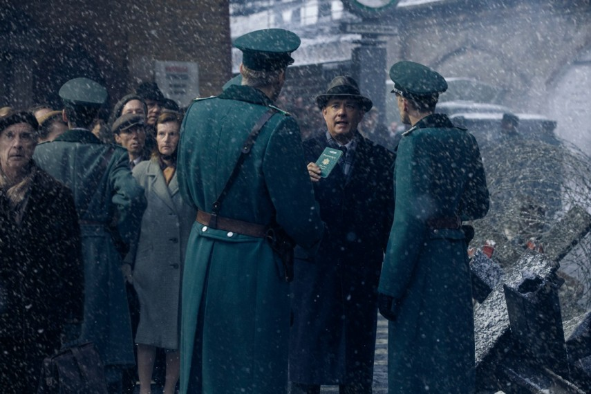 /db_data/movies/bridgeofspies/scen/l/1-Picture14-bb5.jpg