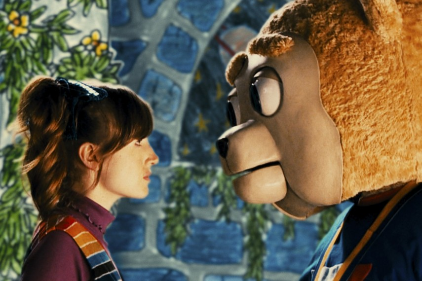 /db_data/movies/brigsbybear/scen/l/BRIGSBY_BEAR_02.jpg