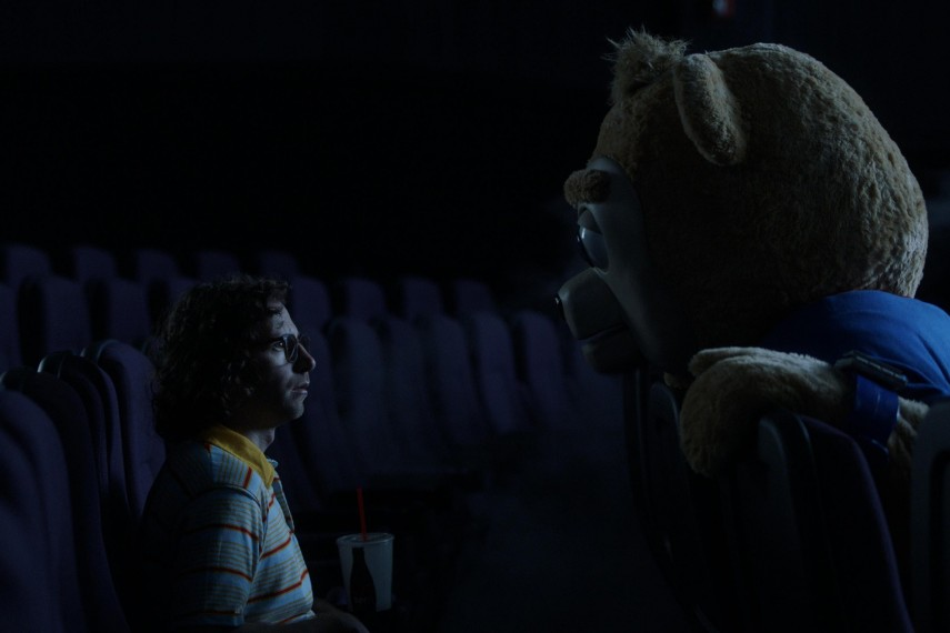 /db_data/movies/brigsbybear/scen/l/BRIGSBY_BEAR_07.jpg