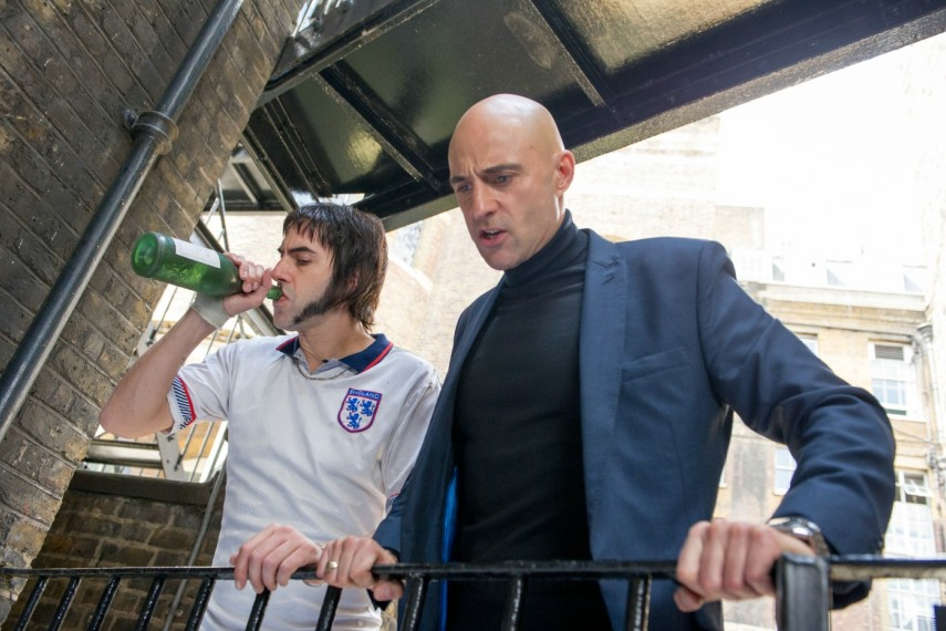 /db_data/movies/brothersgrimsby/scen/l/410_15_-_Norman_Grimsby_Sacha_.jpg