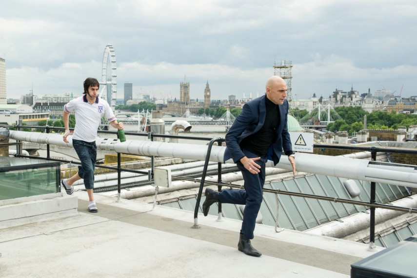 /db_data/movies/brothersgrimsby/scen/l/410_17_-_Norman_Grimsby_Sacha_.jpg