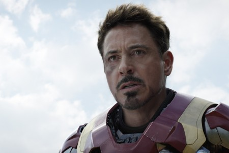 410_25_-_Iron_Man_Robert_Downey_Jr..jpg