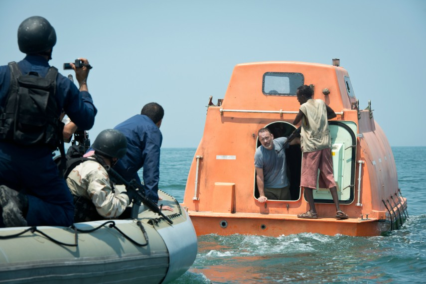 /db_data/movies/captainphillips/scen/l/410_05__Scene_Picture.jpg