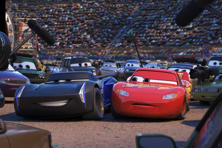 /db_data/movies/cars3/scen/l/410_10_-_Scene_Picture.jpg