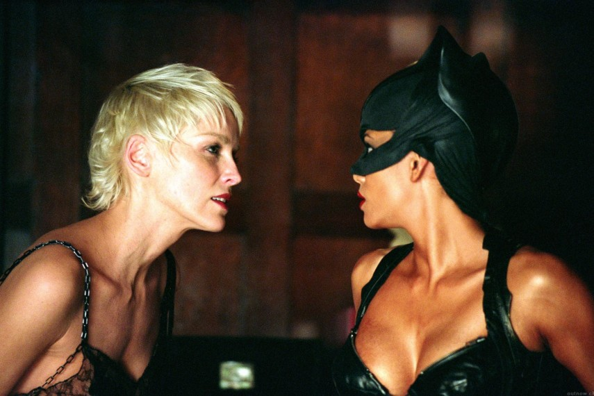 /db_data/movies/catwoman/scen/l/catwoman-halle-berry-wallpaper-i15.jpg