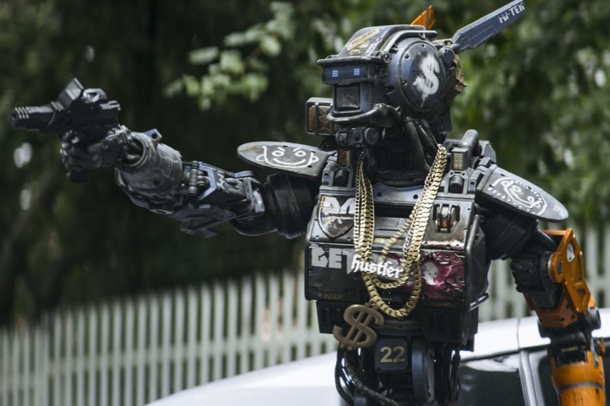/db_data/movies/chappie/scen/l/410_10__Chappie.jpg