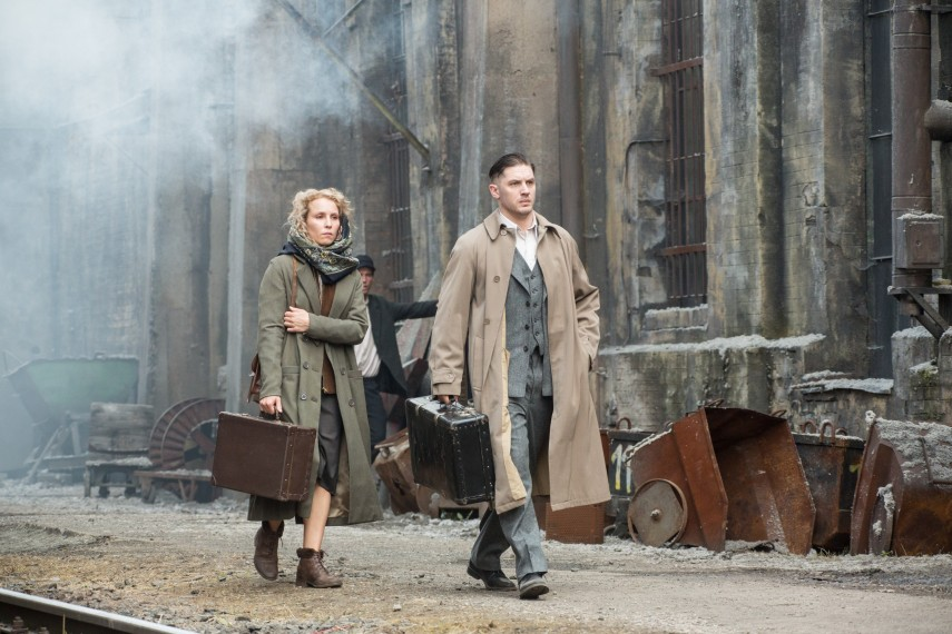 /db_data/movies/child44/scen/l/410_01__Raisa_Noomi_Rapace_Leo.jpg