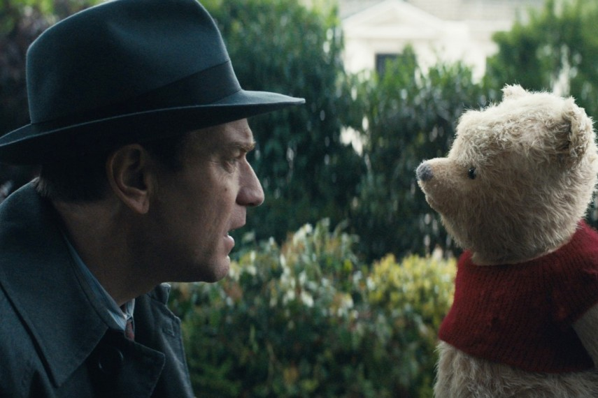 /db_data/movies/christopherrobin/scen/l/410_01_-_Christopher_Ewan_McGr.jpg