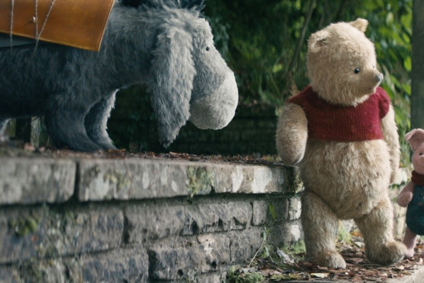 /db_data/movies/christopherrobin/scen/l/410_08_-_Eeyore_Brad_Garrett_W.jpg