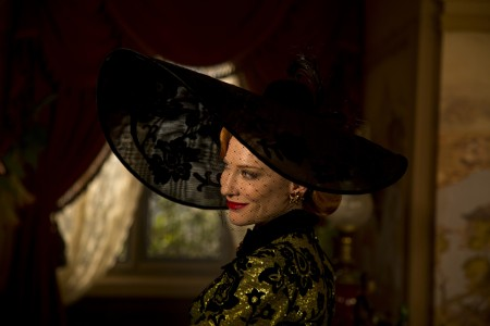 410_05__Lady_Tremaine_Cate_Blanchett.jpg