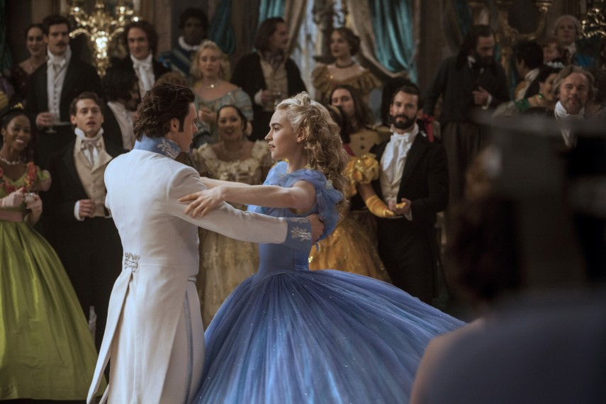 /db_data/movies/cinderella/scen/l/410_09__Prince_Charming_Madden.jpg