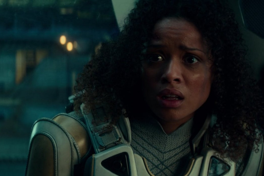 /db_data/movies/cloverfield3/scen/l/the-cloverfield-paradox-ending-gugu-mbatha-raw.jpg