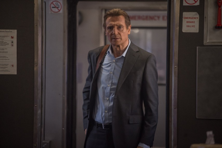 /db_data/movies/commuter/scen/l/410_03_-_Michael_Liam_Neeson.jpg